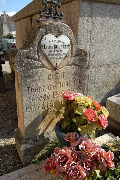 Tomb of Théodore Bourrel in Alet-les-Bains