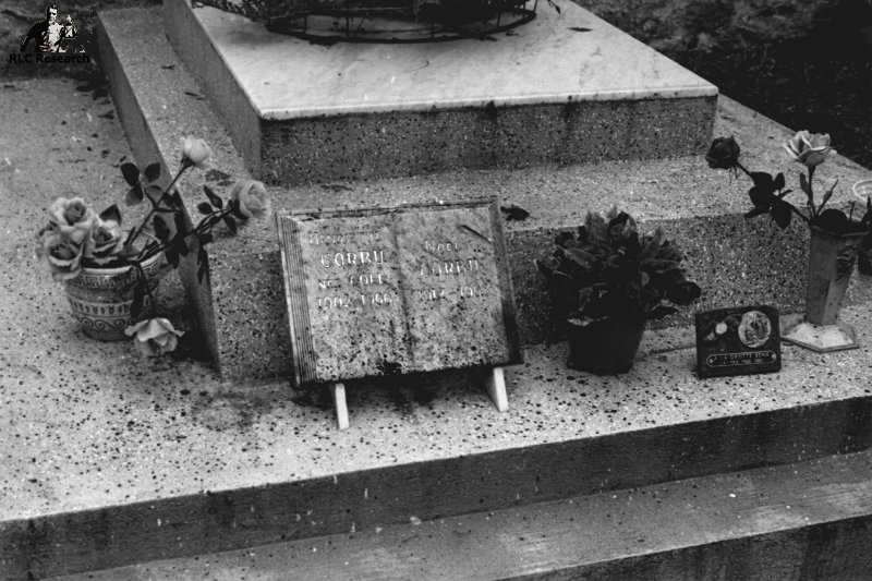 Tomb of Noel Corbu and his wife