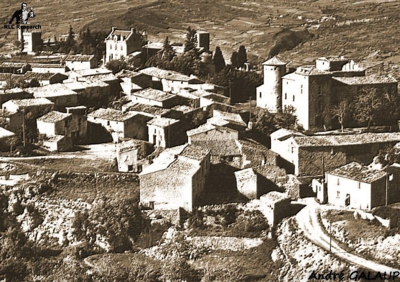 Early aerial photo of Rennes-le-Château ©André Galaup