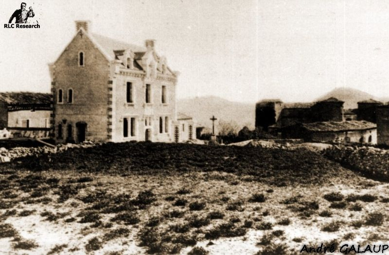Villa Bethania under construction in the early 1900s ©André Galaup