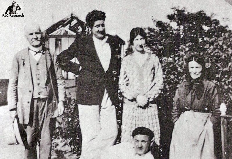 Marie Dénarnaud with friends