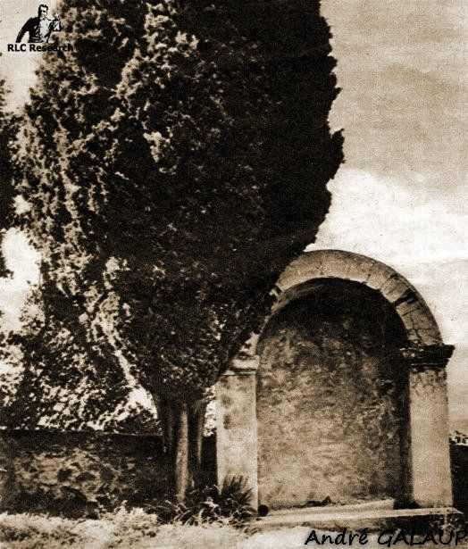 Cemetery Ossuarium ©André Galaup