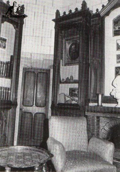 The Tour Magdala, interior