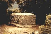 Tomb at Les Pontils